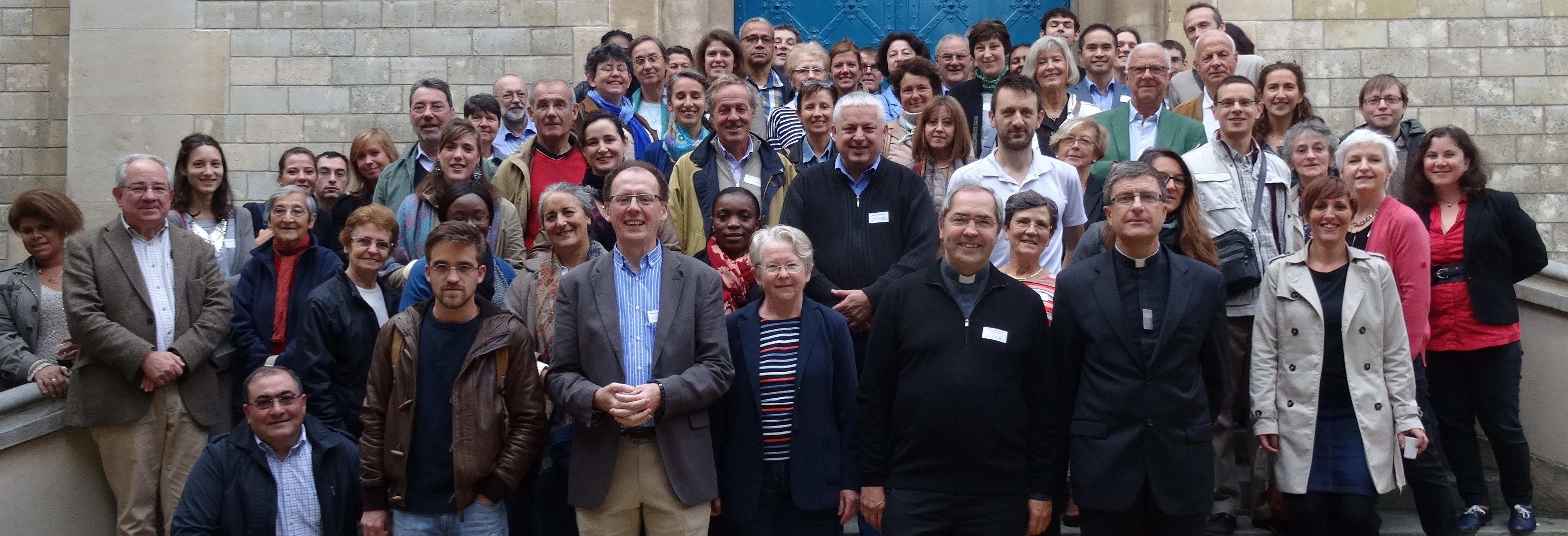 Salariés et bénévoles de l'association Aux captifs la libération