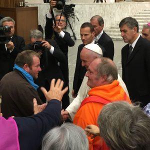 Jean-Michel et Laurent avec le Pape François